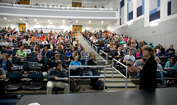 admissions-project-college-of-science-general-chemistry-111-lecture-hall-class-with-professor-marcy-towns-students-in-classroom-purdue-university-mark-simons.jpg