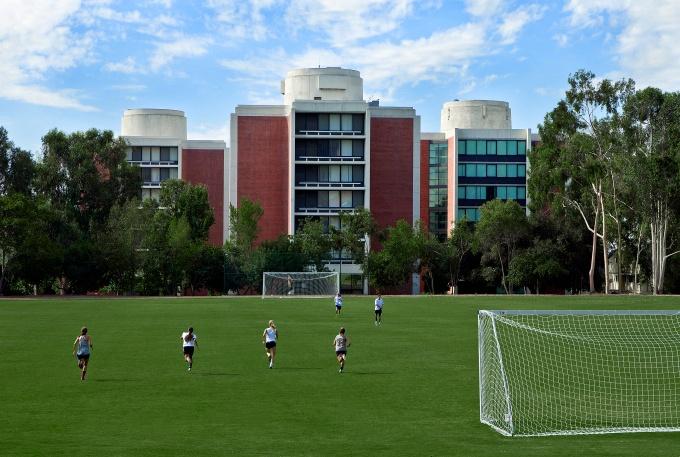 claremont-mckenna-college-parents-field-sports.jpg