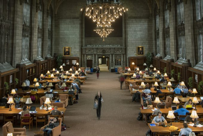 uchicago-students-study-in-the-cathey-learning-center-of-harper-memorial-library-byrobert-kozloff.jpg
